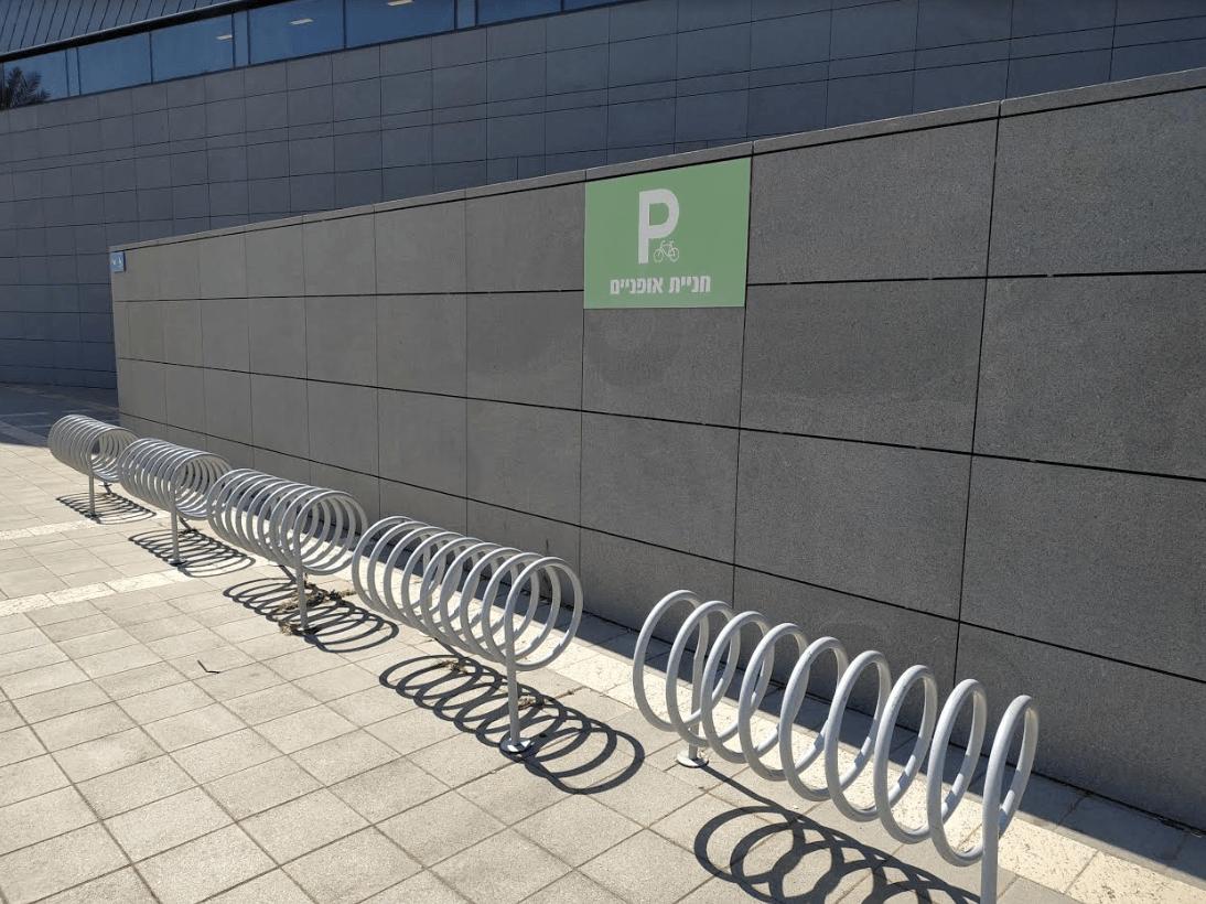 אופניים חשמליות נכנסות למעלית? התשובה כאן