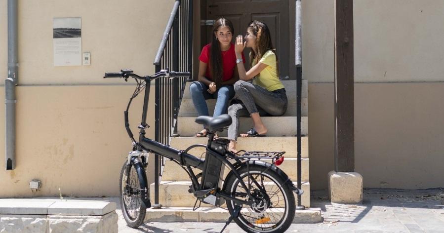 כמה עולים אופניים חשמליים?