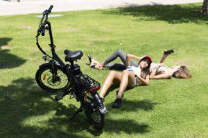 אופניים חשמליים לנשים, אופניים חשמליים לבנות, אופניים חשמליות קלות, אופניים חשמליים קטנים