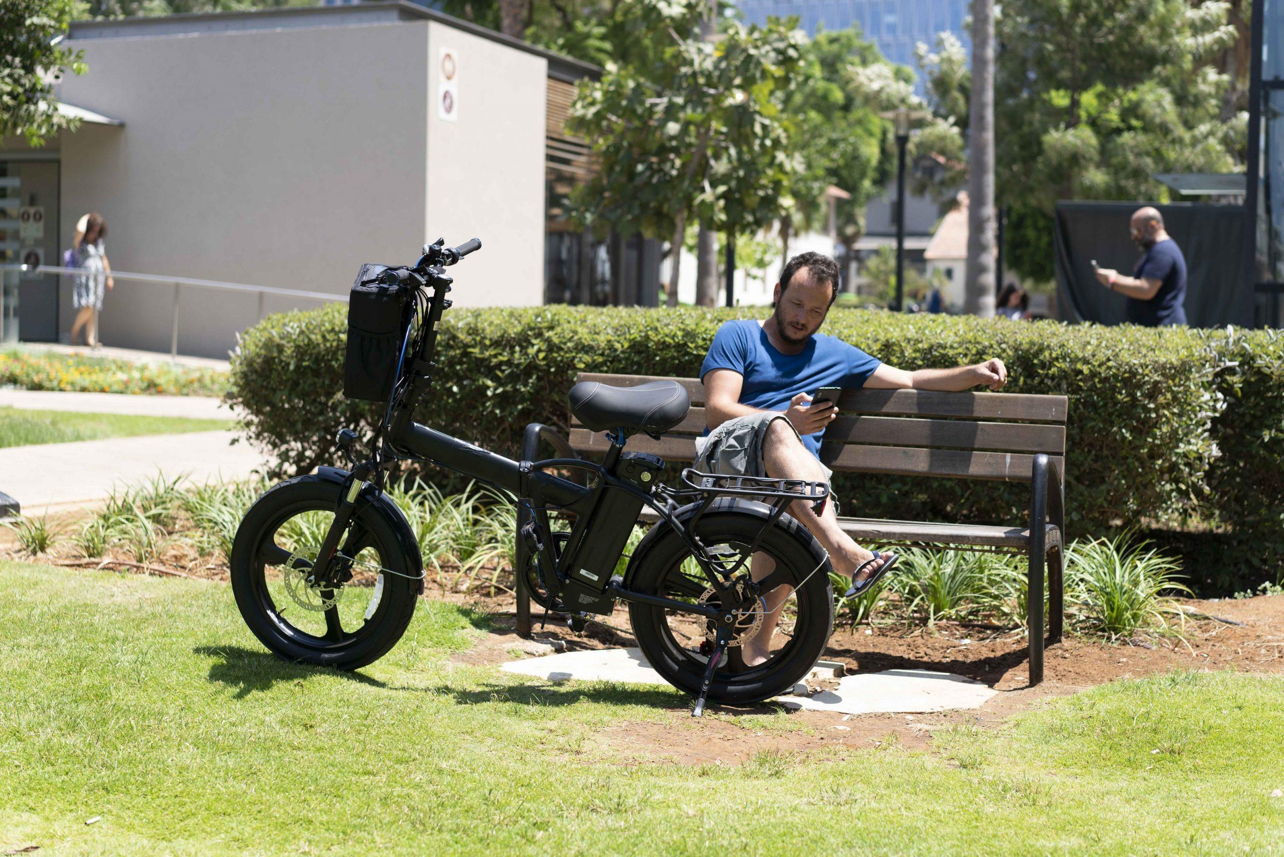 אופניים חשמליים ביגפוט - הקסם של הגלגל הרחב